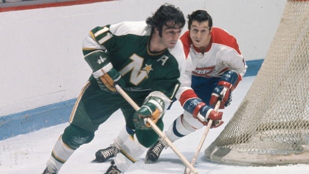 Longtime NHL forward J.P. Parise dies at 73 32