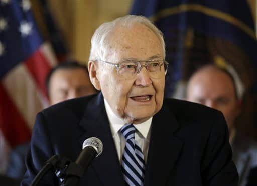 Mormon leader L Tom Perry