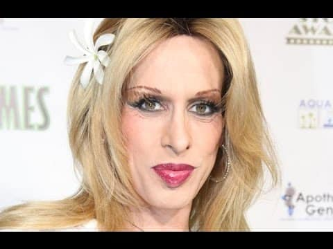 NEWEST-Actress Alexis Arquette,sister of David and Patricia,has died-No cause of death was specified 6