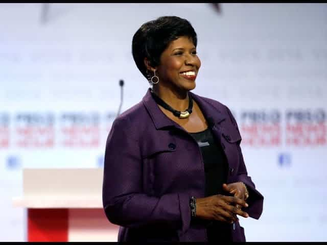 Gwen Ifill, Host Of 'Washington Week' And 'PBS NewsHour,' Dies 35