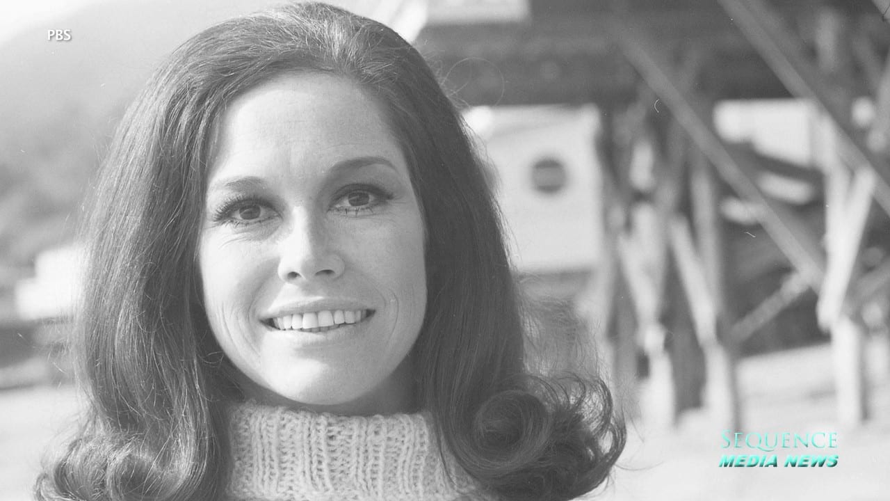 Mary Tyler Moore Dies At Age 80 25