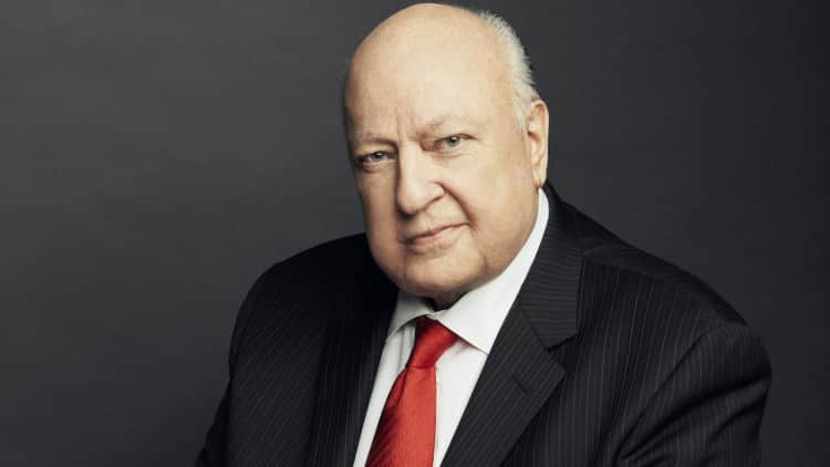 Roger Ailes Former Fox News CEO Dies