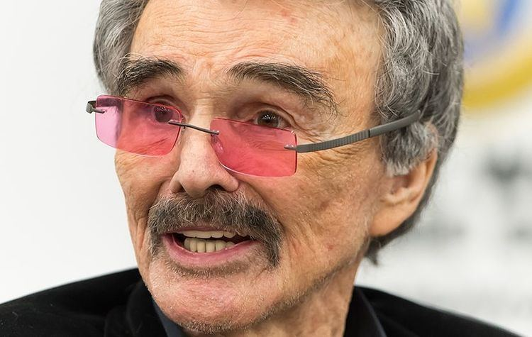 Actor Burt Reynolds Who's Acting Career That Span Over Many Years Dead at 82 2