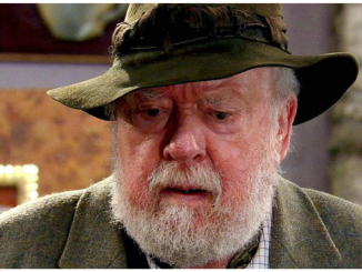 Freddie Jones, best known as Sandy Thomas in the Soap, Emmerdale star, dead at age 91 after a short illness 8